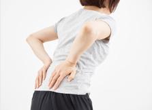 坐骨神経痛によくない生活習慣と姿勢(日本人の猫背)の関係