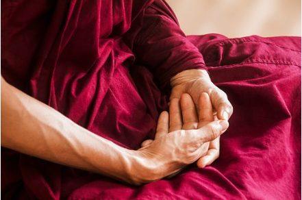 呼吸法と瞑想が今のトレンドらしい 初心者の私が調べてみました。